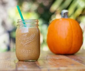 10_shakeology_smoothies_for_fall_-_pumpkin_pie_shakeology