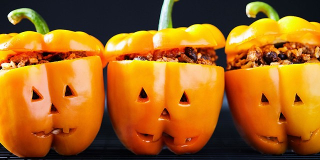jack-o_lantern_stuffed_peppers